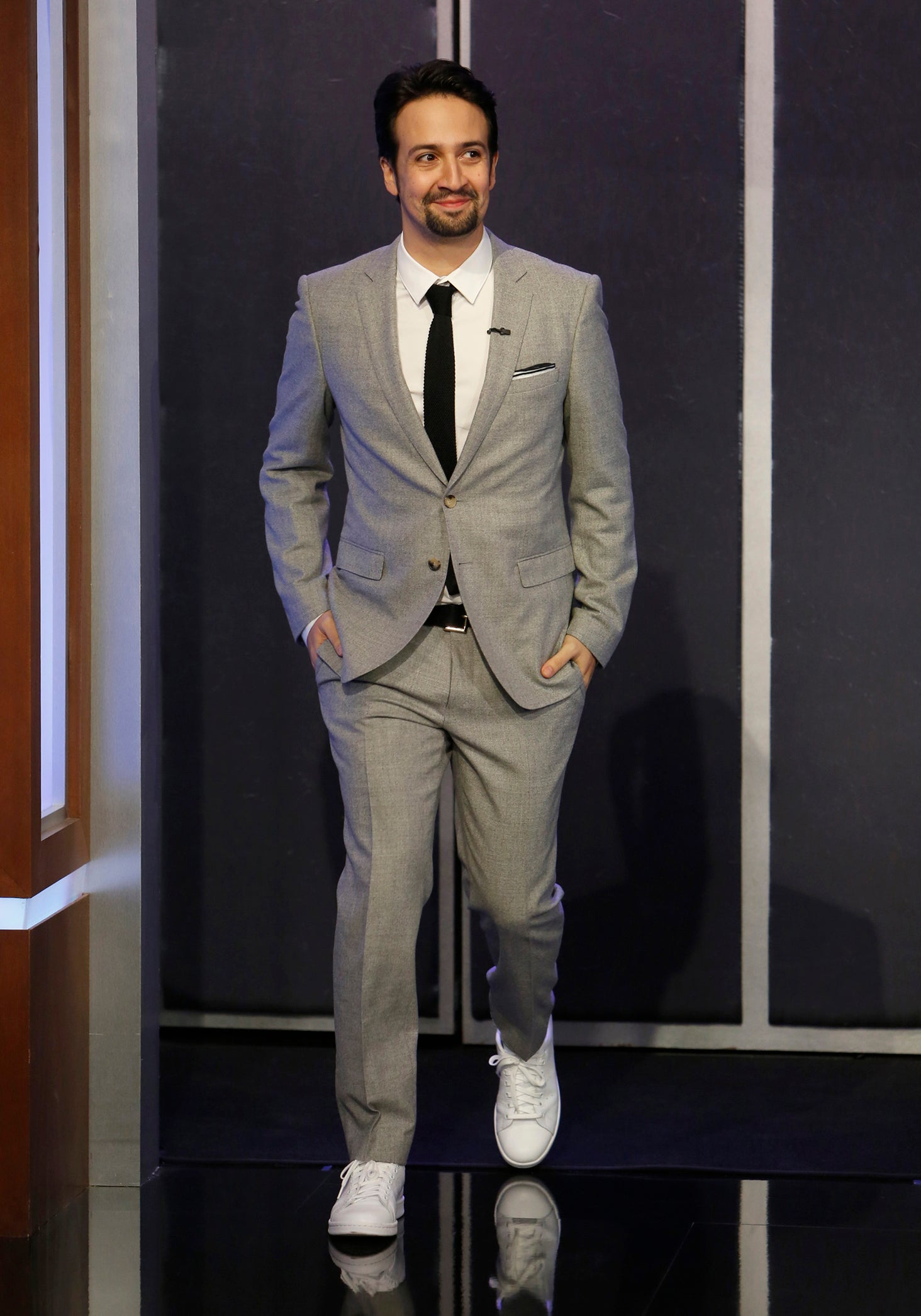 68c1b0342066 What Is Business Casual  Here Are 9 Classic Looks for Men.