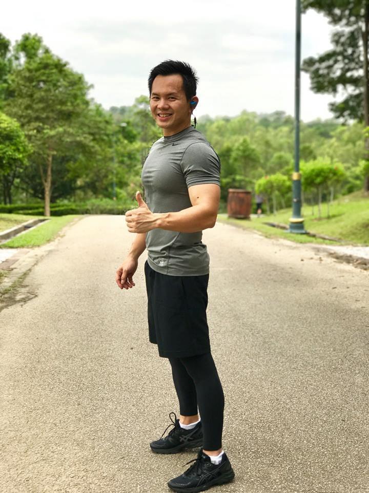 Chiau demonstrating his fitness mantra. Image credits: www.facebook.com/chiauhawchoon/