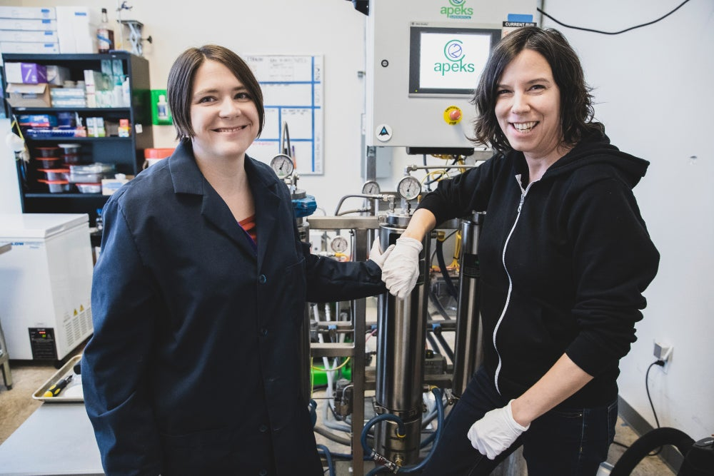 Katie Stem and Kate Black, co-founders of Peak Extracts.