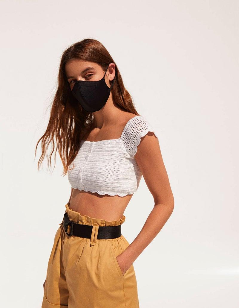 Zara y Bershka incluyen cubrebocas en sus nuevas colecciones