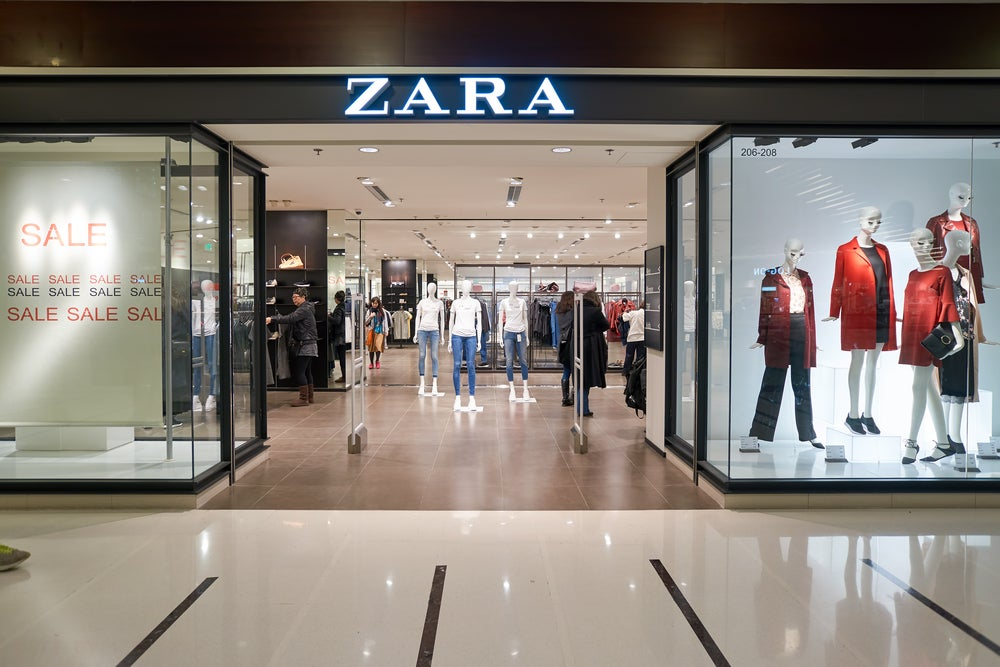 Zara rescues the supermarket trolleys and makes them fashionable