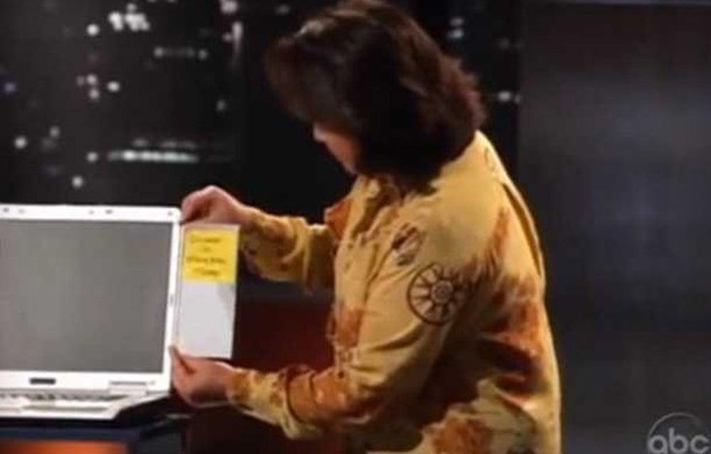 Mary Ellen Simonsen pitches a sticky note holder.