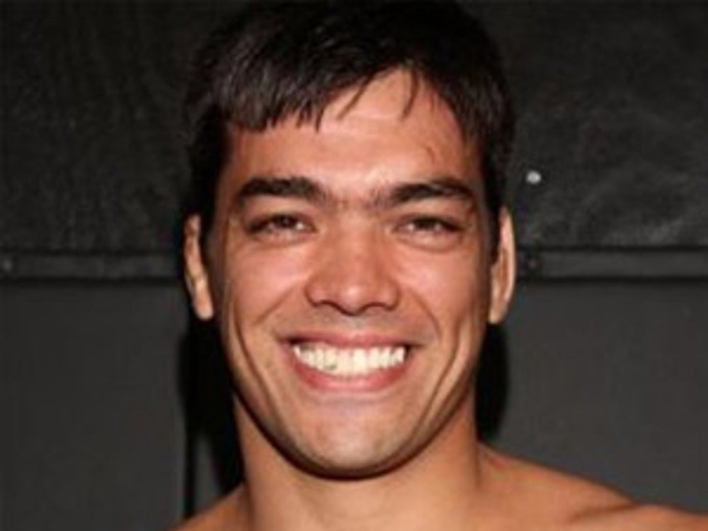 Former UFC Light Heavyweight Champion Lyoto Machida drinks his own urine.