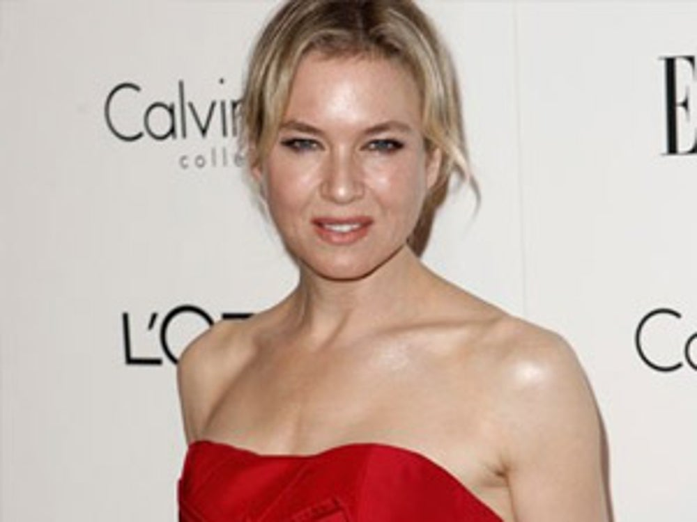 Renee Zellweger snacks on ice cubes throughout the day.