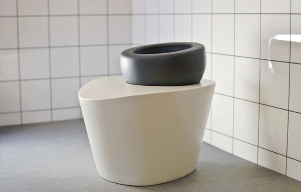 A porcelain throne like no other.
