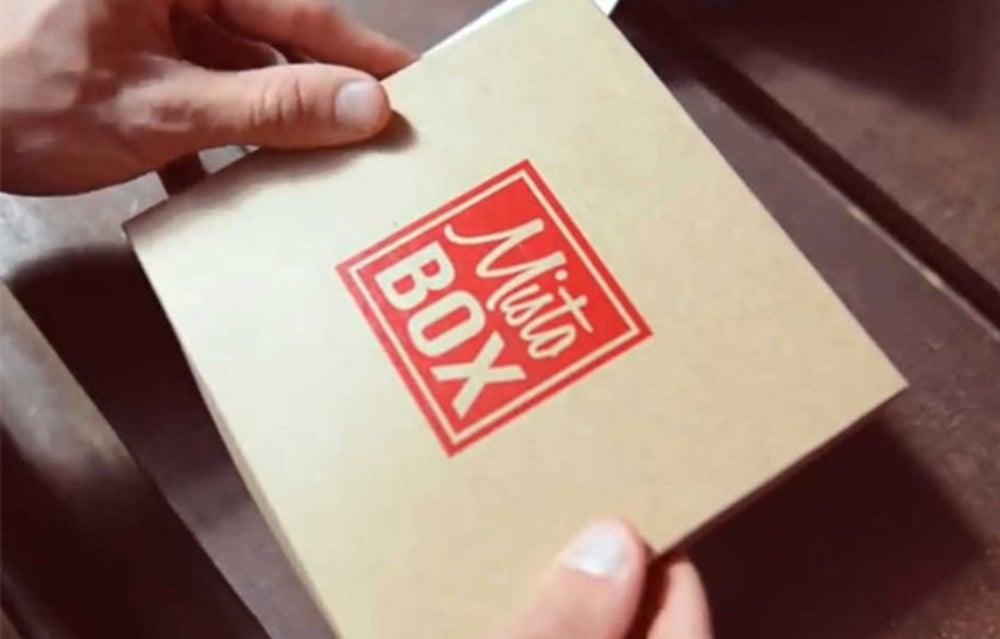 For the coffee aficionado, buy a subscription of MistoBox.