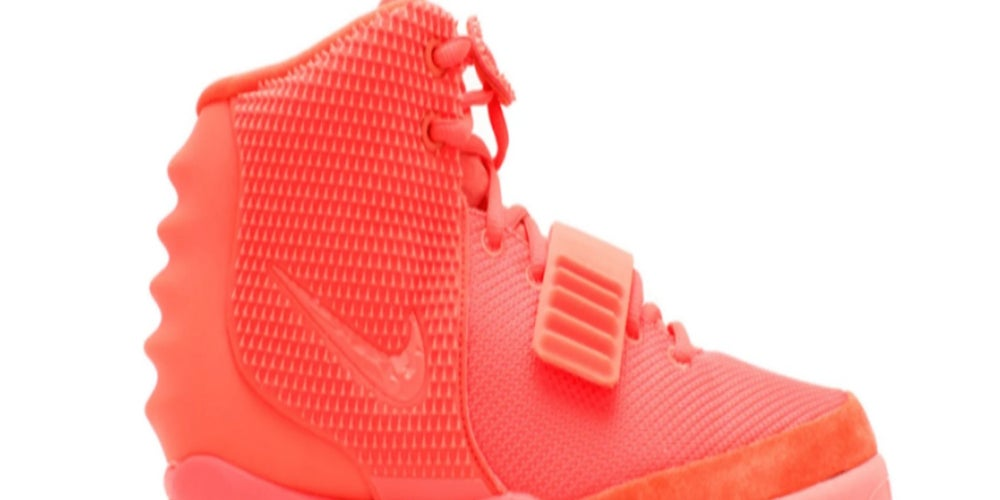4. Air Yeezy 2 Red October (Más de $USD7,300)
