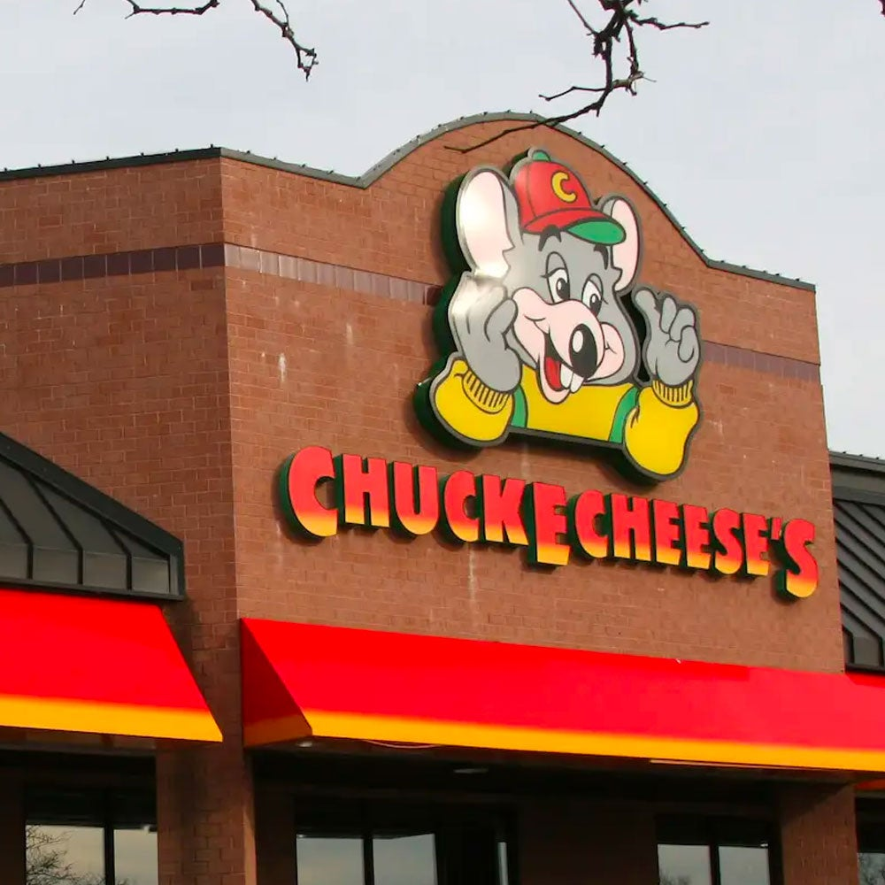 The chain was famous for its arcade games, prize tokens and pizza, as well as performances by an animatronic Chuck E. Cheese and crew.