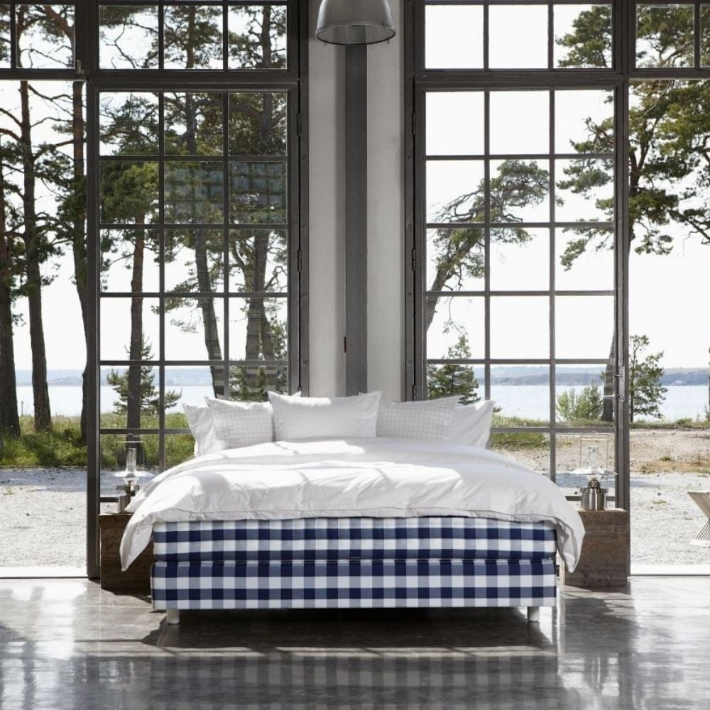 Best Luxury Mattress: Hastens Herlewing Soft California King Mattress and Box Spring Set ($33,790)