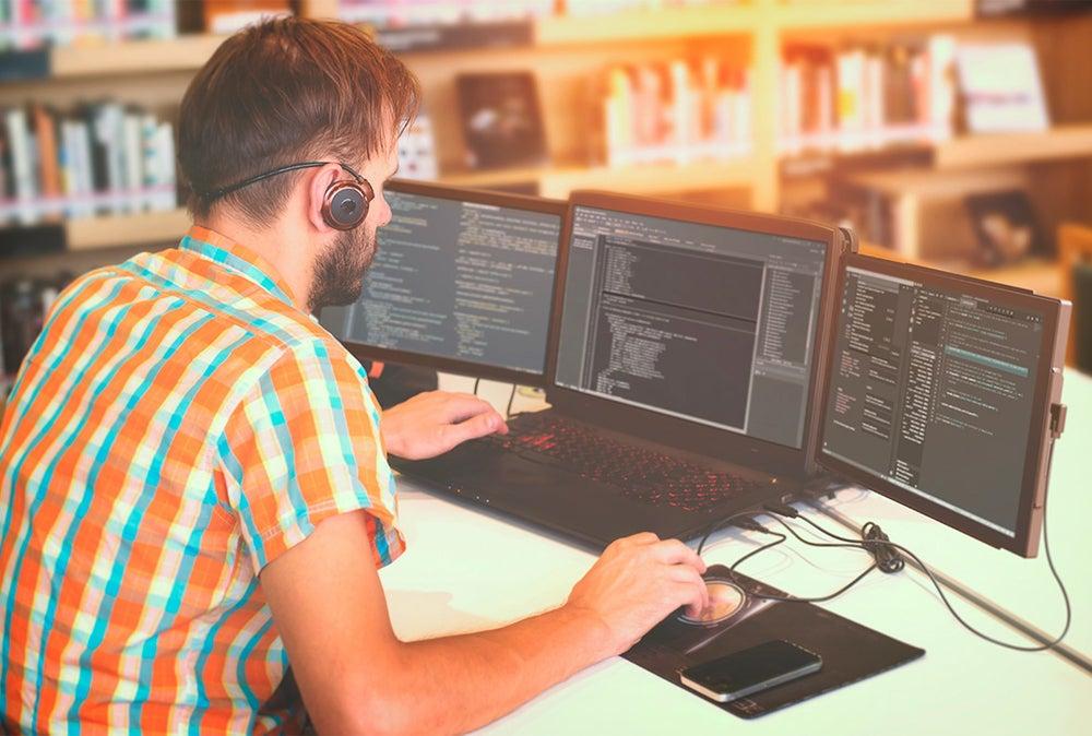 Mobile Pixels TRIO: Portable Dual Screen Laptop Monitor