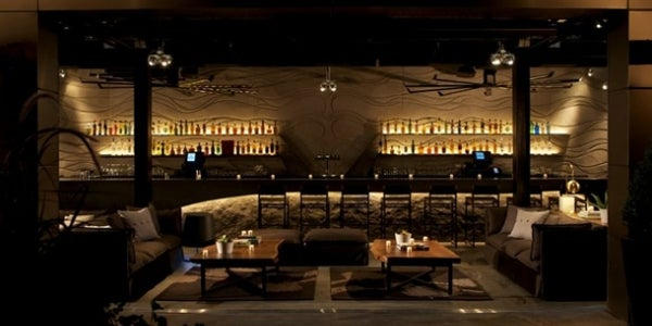 Stratus Rooftop Bar & Lounge at Hotel Monaco (Philadelphia, PA)