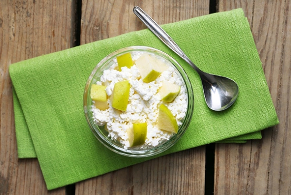 7. Cottage Cheese and Fruit