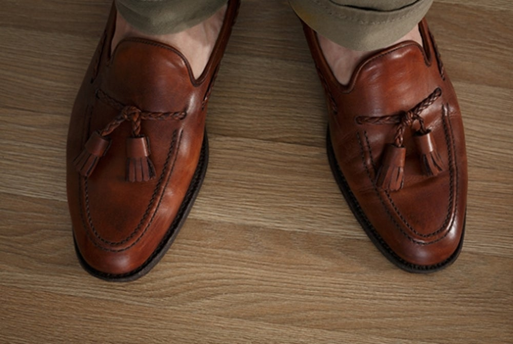 Should you try the sockless look?
