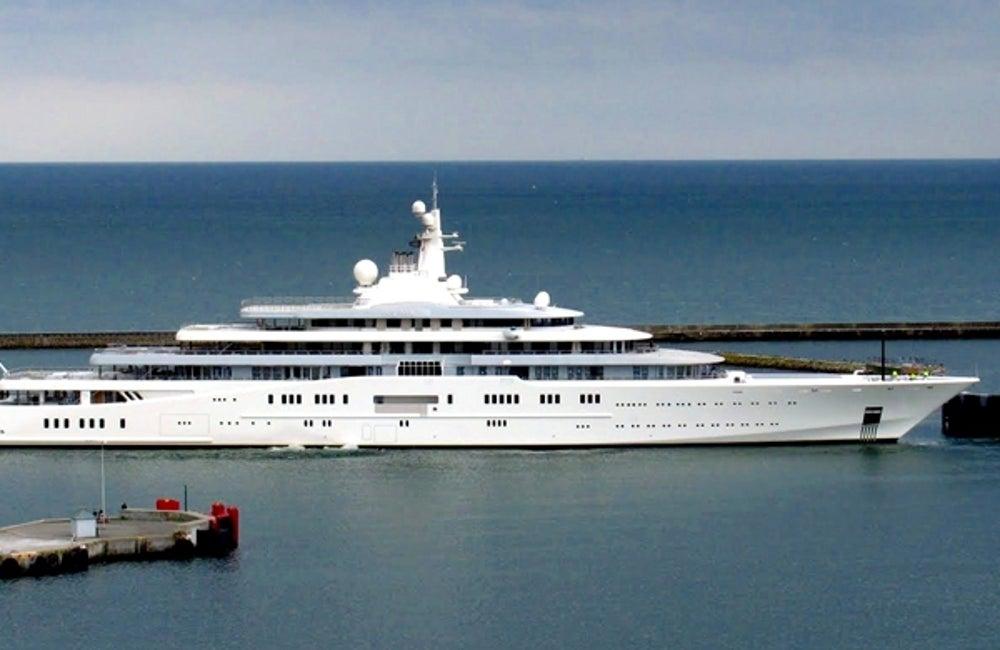 5. Roman Abramovich's toy boat