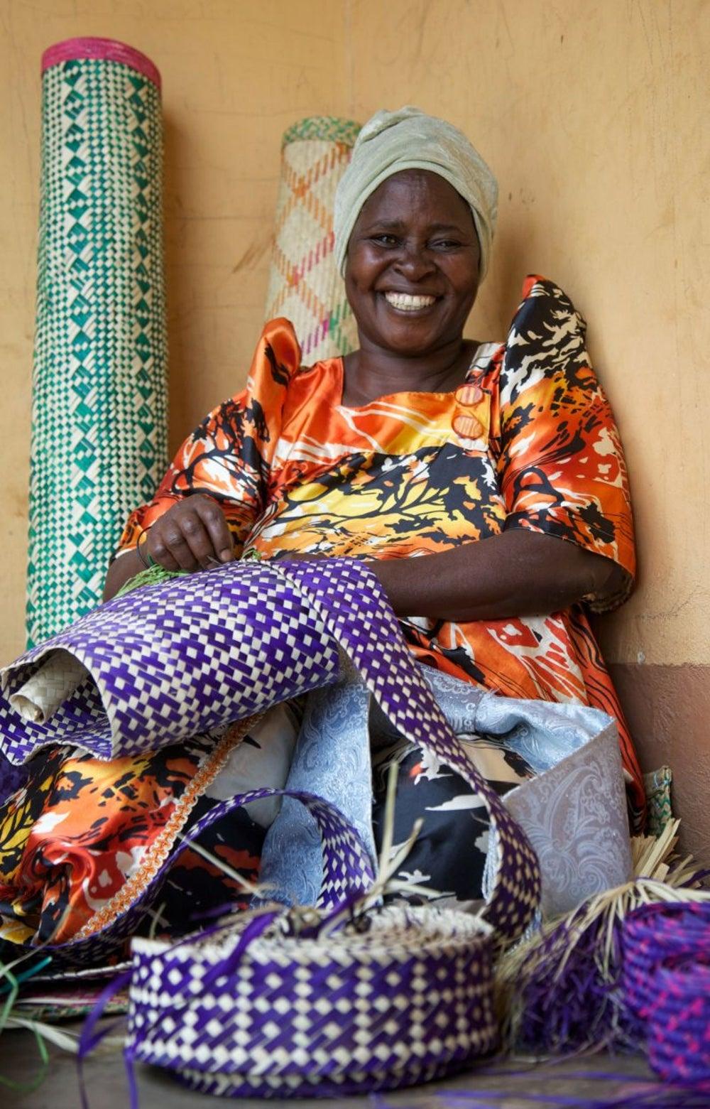 Hadijah Namusis, Basket Weaver