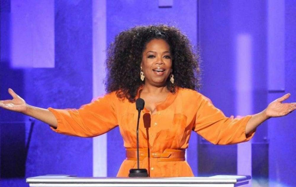 """8. Oprah Winfrey trabajó en una """"tiendita de la esquina"""""""