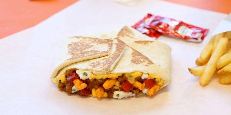 Cheetos Crunchwrap Slider, Taco Bell, Canada