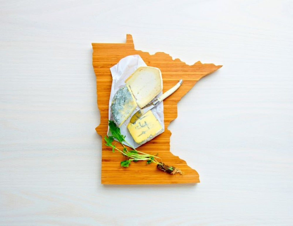 Custom-state cutting board from AHeirloom