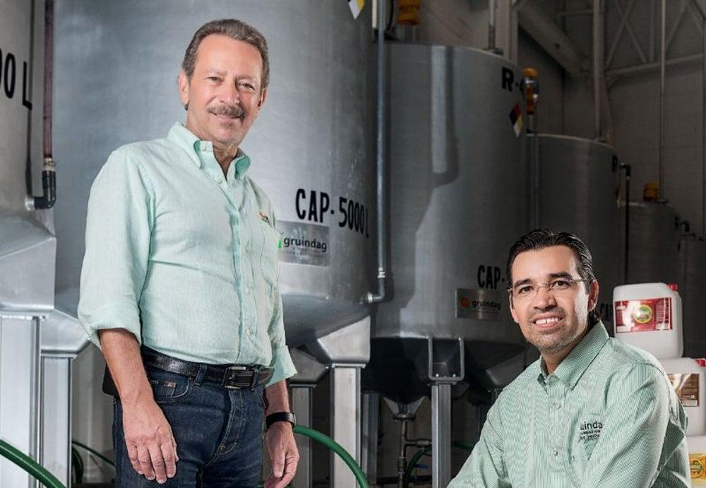 Pedro Zaur y Armando Tortoledo - Gruindag Internacional