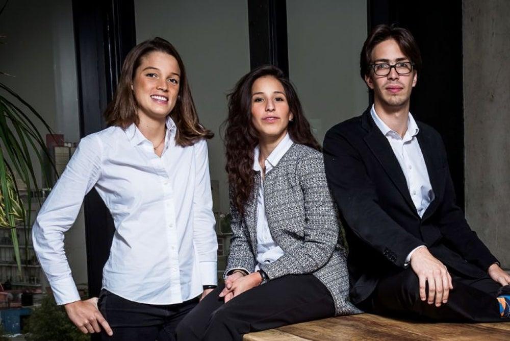 Fernanda Sottli, Mara Martínez y Diego Garfias - Emma
