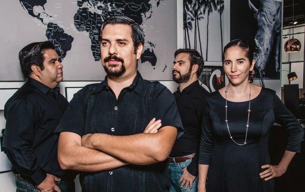 José Luis, Rodrigo y Alejandro Nuño y Laura Mendoza