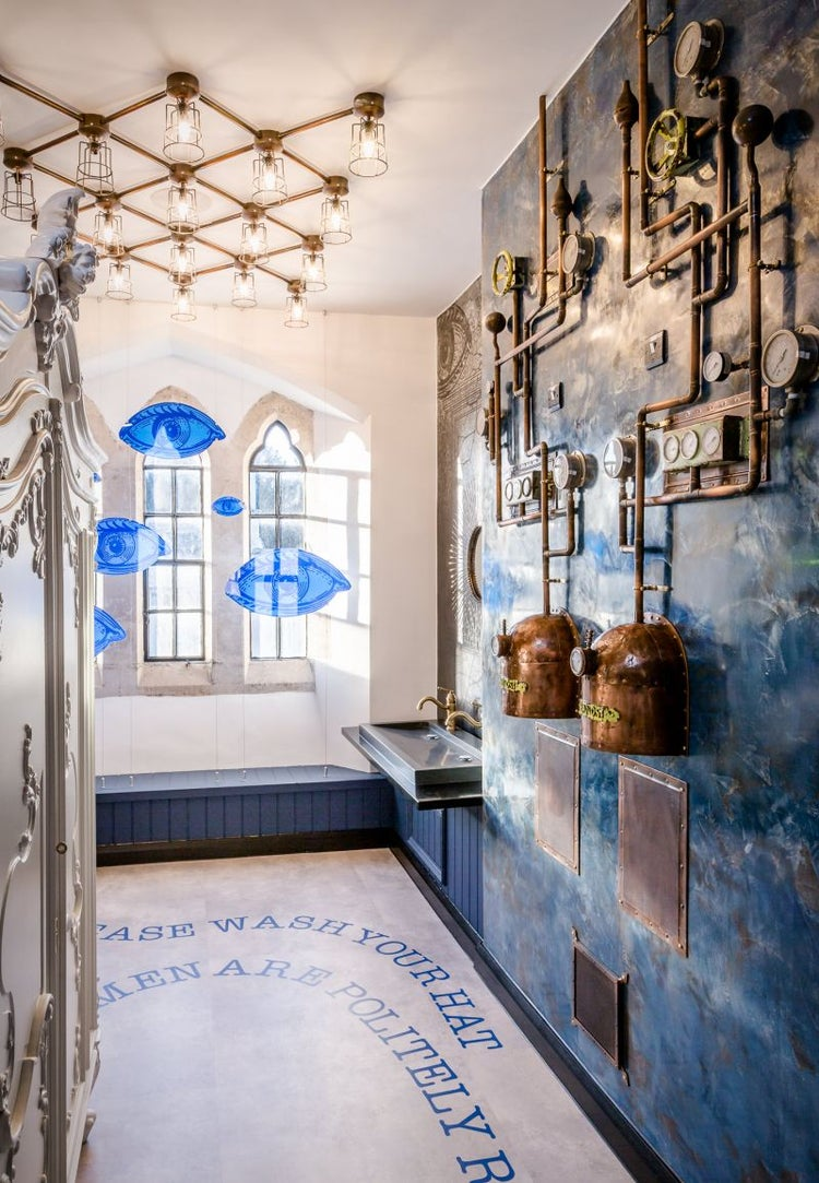 This Company Set Up An Amazing Office Inside A Historic