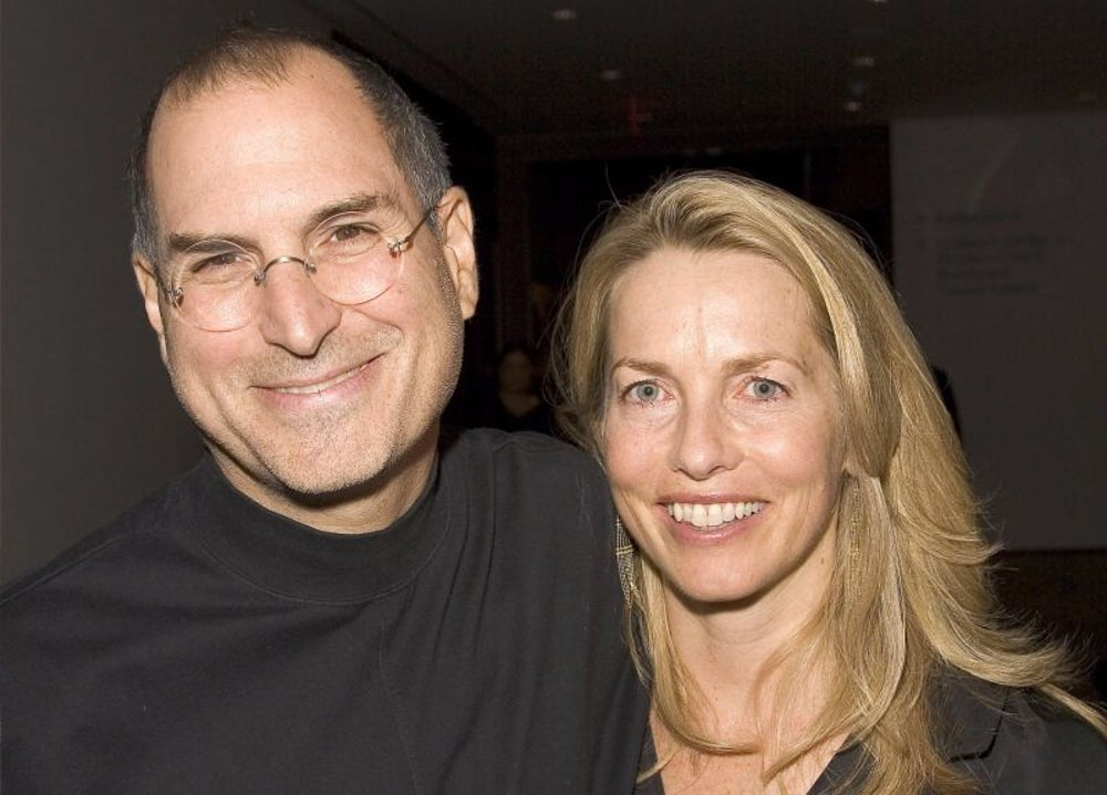 1989: Jobs meets wife Laurene Powell