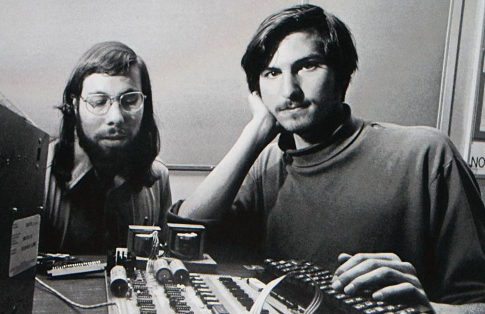 1976: Apple Starts in Jobs's garage