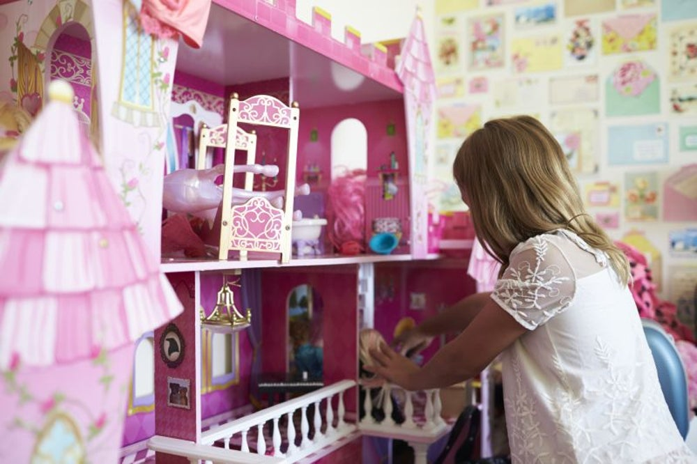 News broadcast triggers Amazon Alexa devices to purchase dollhouses.