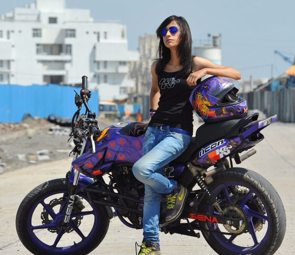 Anam Hashim, India's Youngest And Only Female Bike Stunt Rider - Starting up in Top Gear