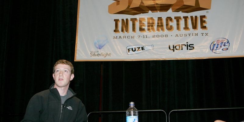 Read the room -- and work with the crowd.
