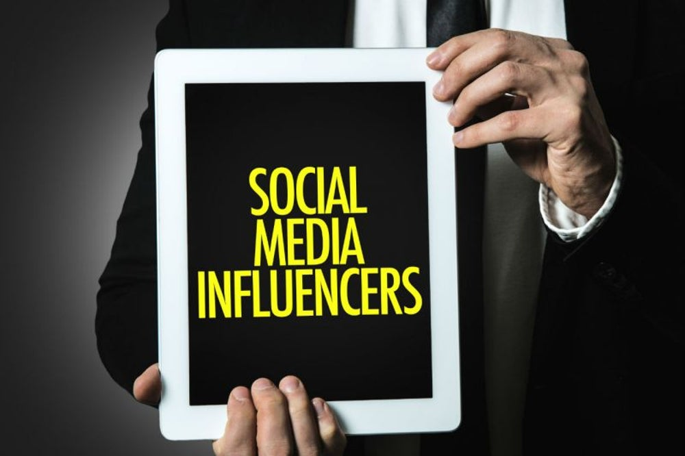 INFLUENCERS EN ACCIÓN