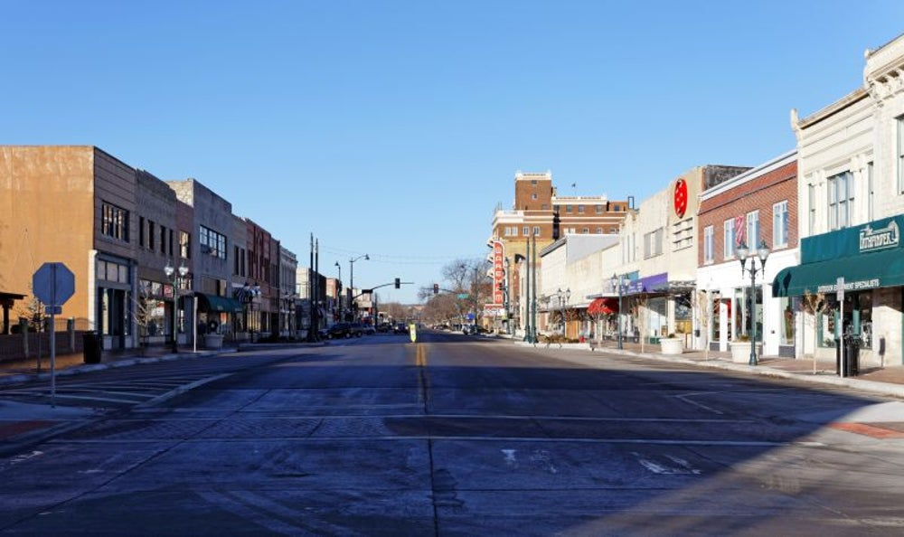 10. Manhattan, KS