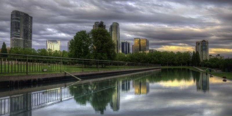 21. Bellevue, WA