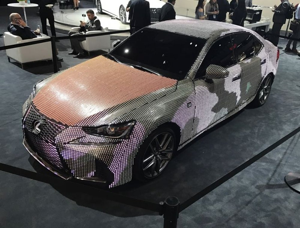 Lexus IS 'lit'