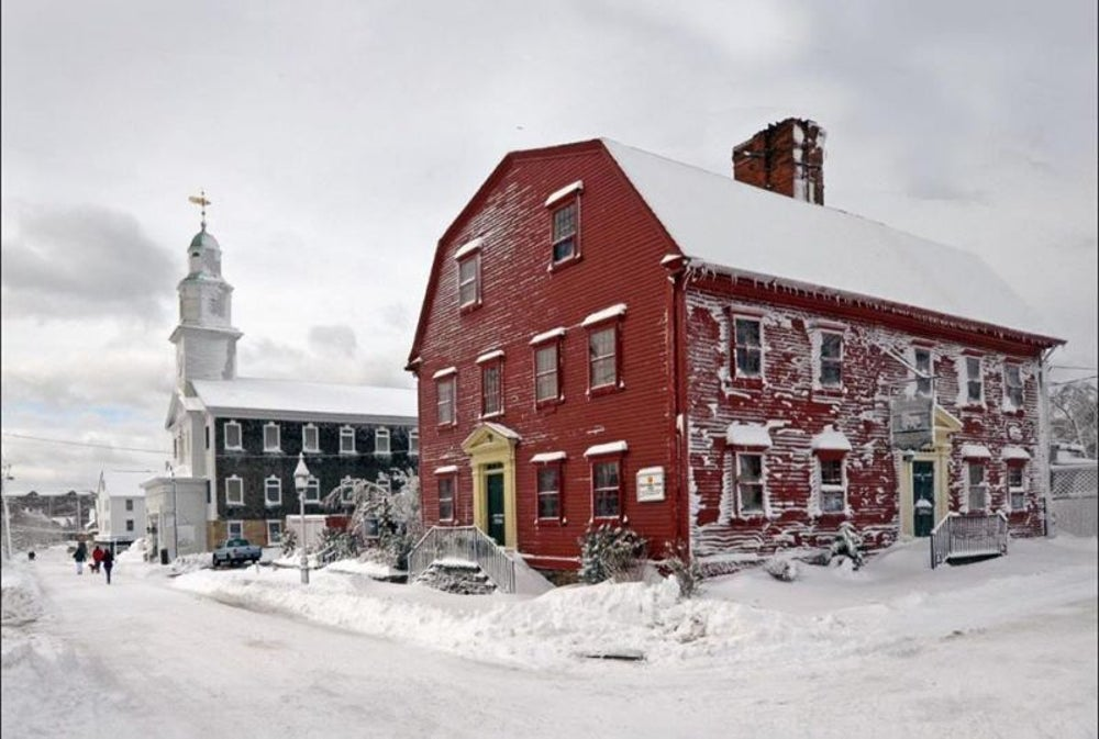 Restaurants: White Horse Tavern founded in 1673