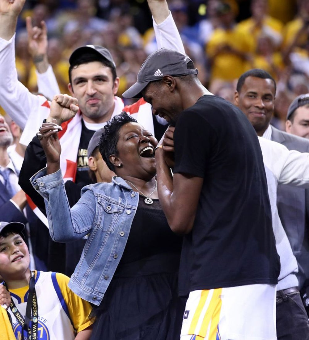 Kevin Durant's heartwarming moment with his mom after winning his first NBA championship.