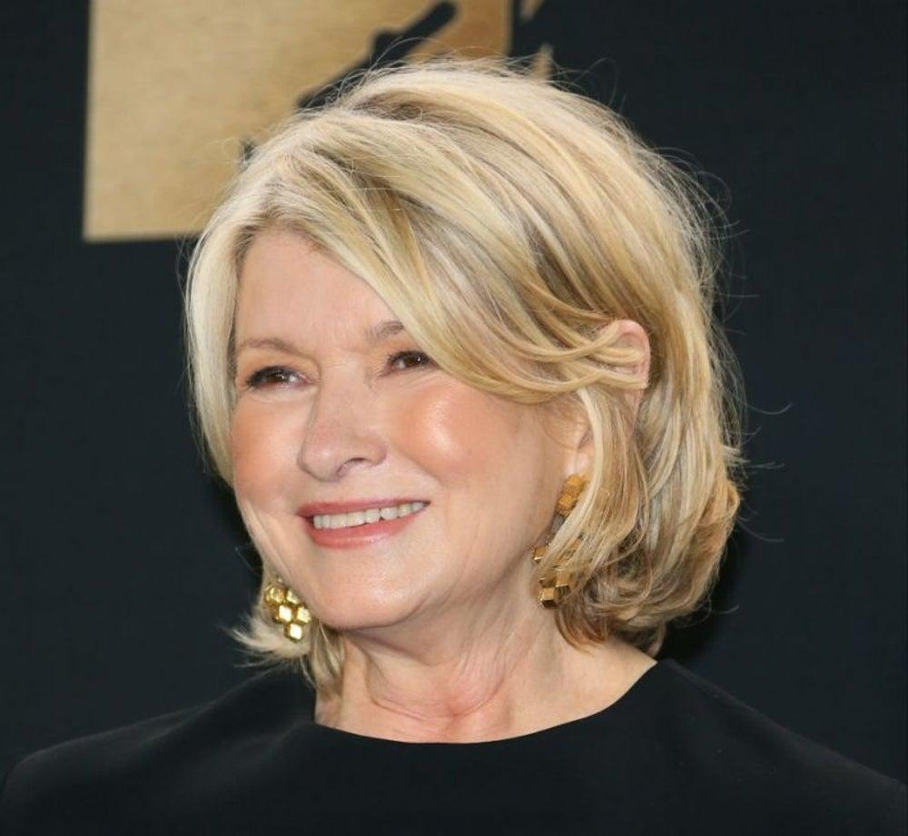 Martha Stewart, 4 hours