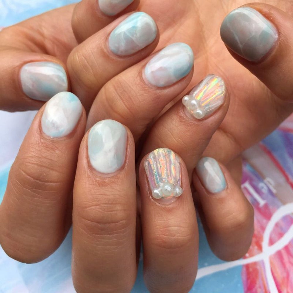 This Entrepreneur\'s Eye-Catching Instagram Keeps Her Nail Salon 100 ...