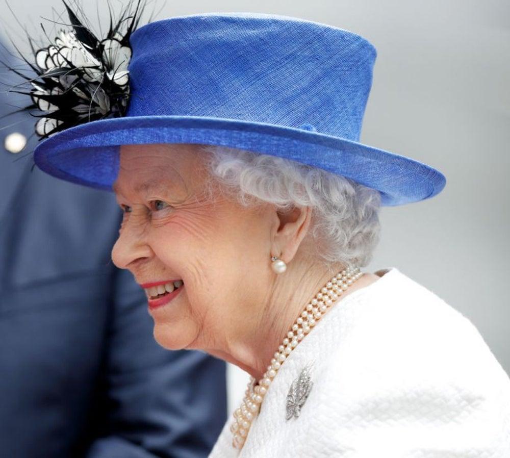 Queen Elizabeth II, tipsy