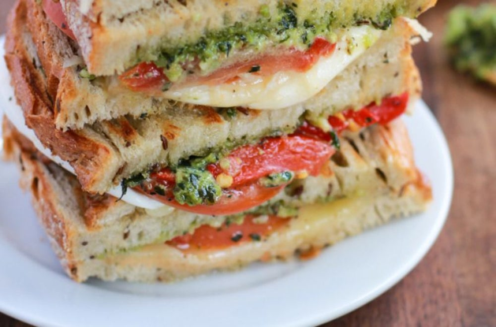 Grilled Mozzarella Sandwich With Pesto and Tomato