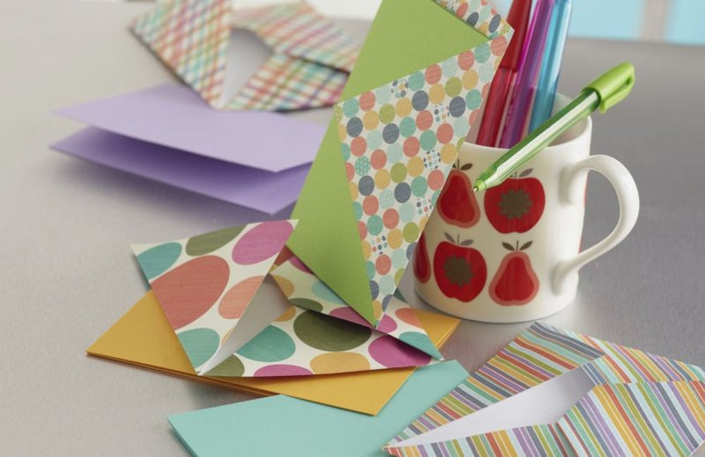 Design greeting cards.