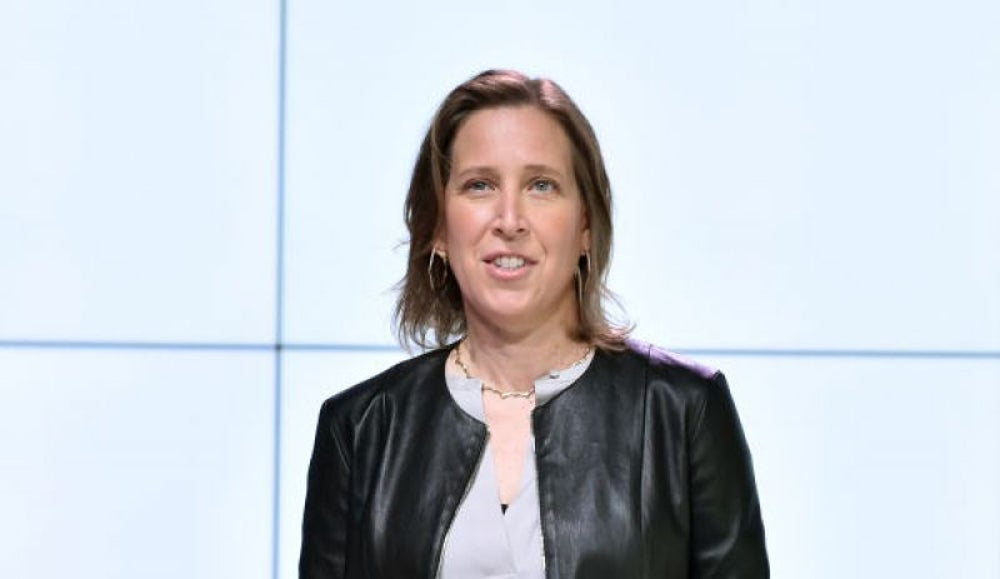 Susan Wojcicki eats dinner at home every night with her family.
