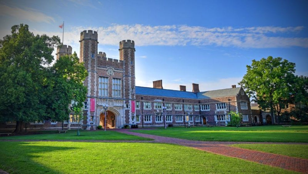 7. Washington University in St. Louis