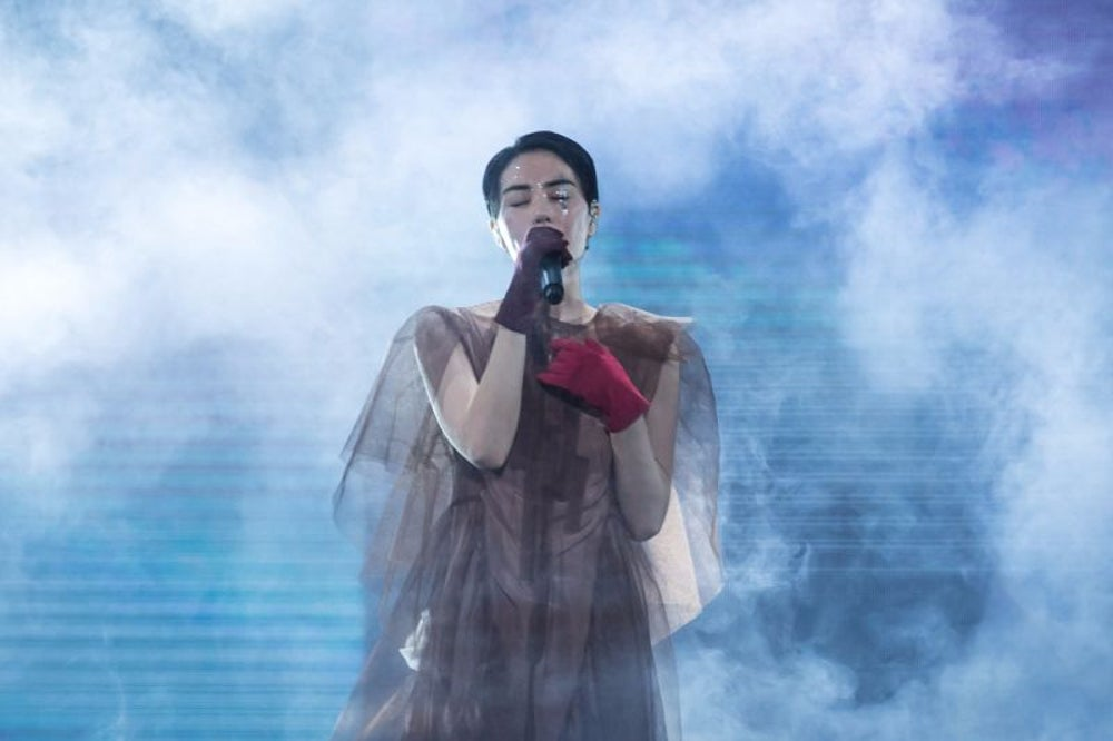 He recorded a song with Chinese pop star Faye Wong.
