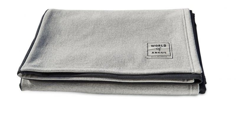 World of Angus water-resistant dog blanket