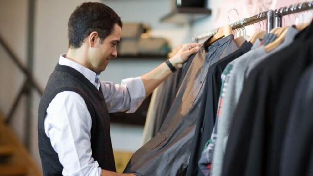 Know the basics of a professional wardrobe