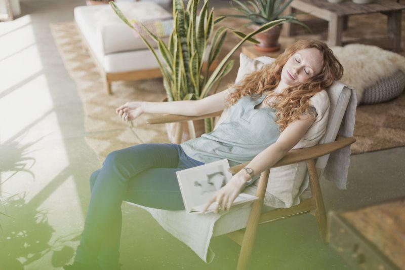 Take 15-minute naps.