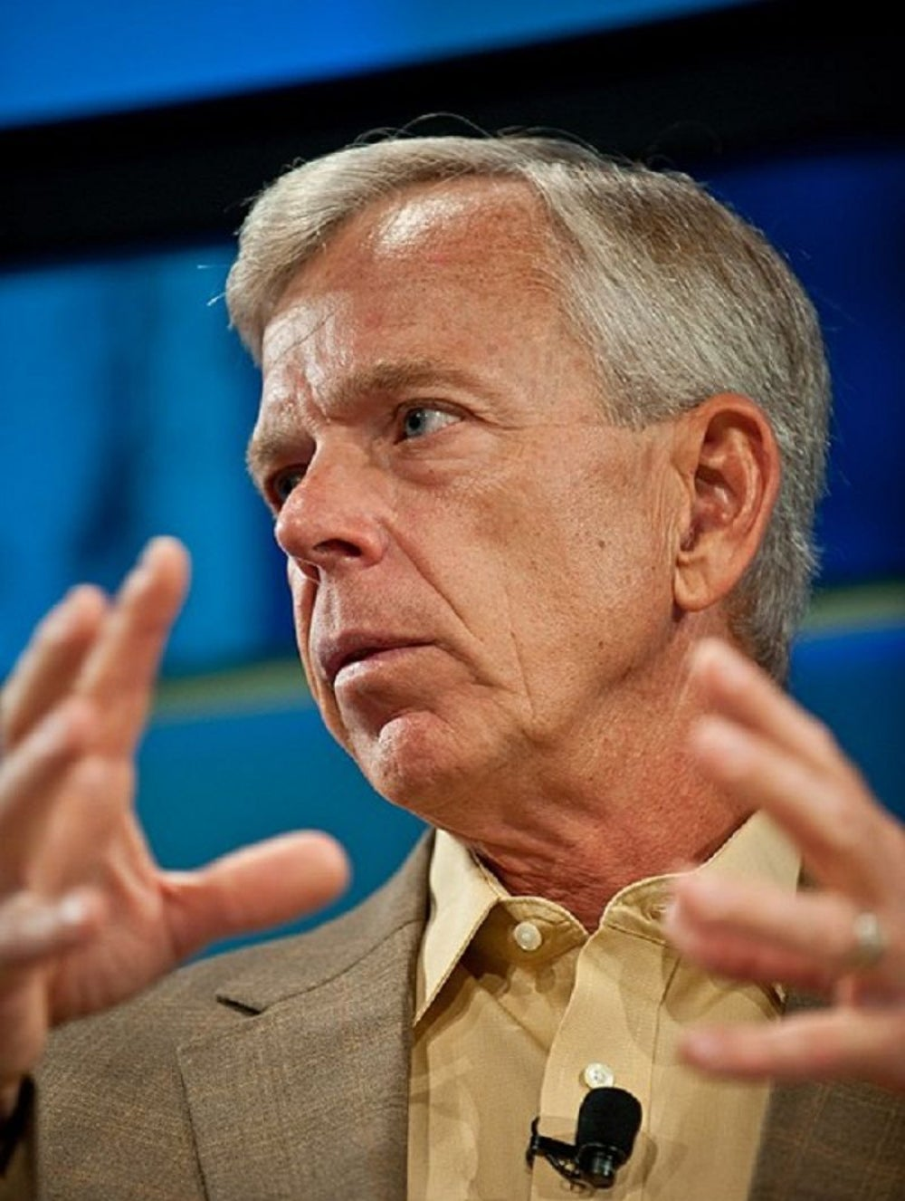 Lowell Mcadam, CEO, Verizon