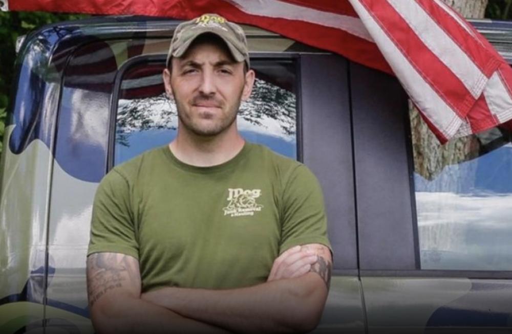 """""""Estar en el ejército me enseñó a arriesgarlo todo pronto, y a arriesgarlo todo seguido."""""""